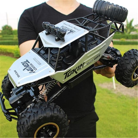 Image of Silver RC Buggy