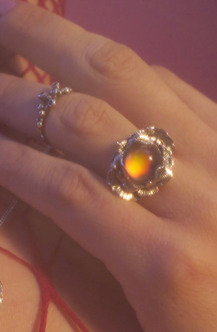 Moody Flower Ring