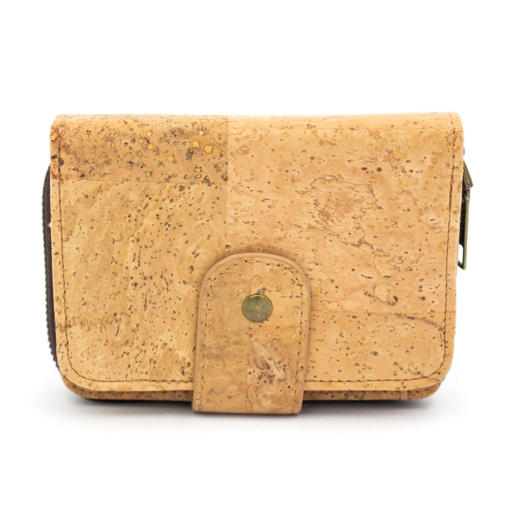wallet, bifold card wallet made from veggie-leather. - movevegan, vegan fashion product trends, cork, animal free