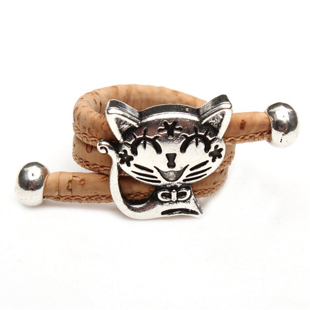 ring, Natural vintage cat ring - movevegan, vegan fashion product trends, cork, animal free