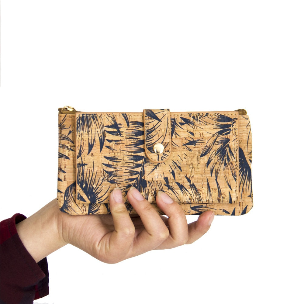 wallet, feather print wallet cork-leather wallet - movevegan, vegan fashion product trends, cork, animal free