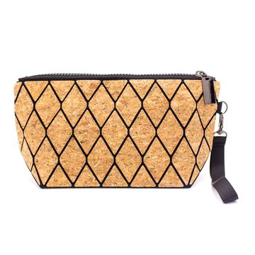 wallet, Oversized Geometric Purse - movevegan, vegan fashion product trends, cork, animal free
