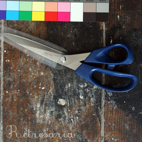 Tesoura CLOVER para patchwork 24cm | Patchwork scissors