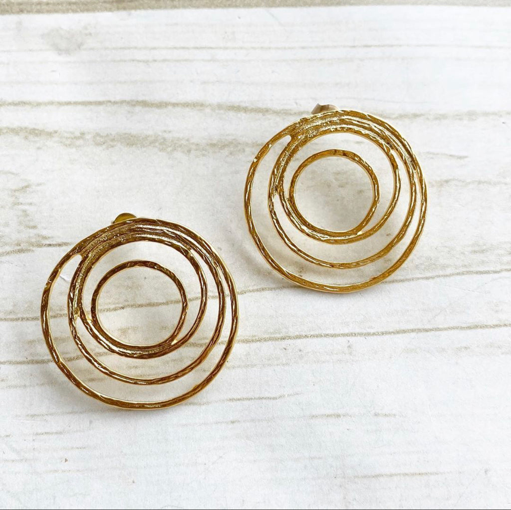 gold multi circle stud earrings