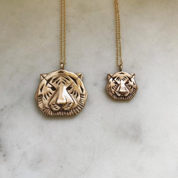 SMALL TIGER PENDANT NECKLACE