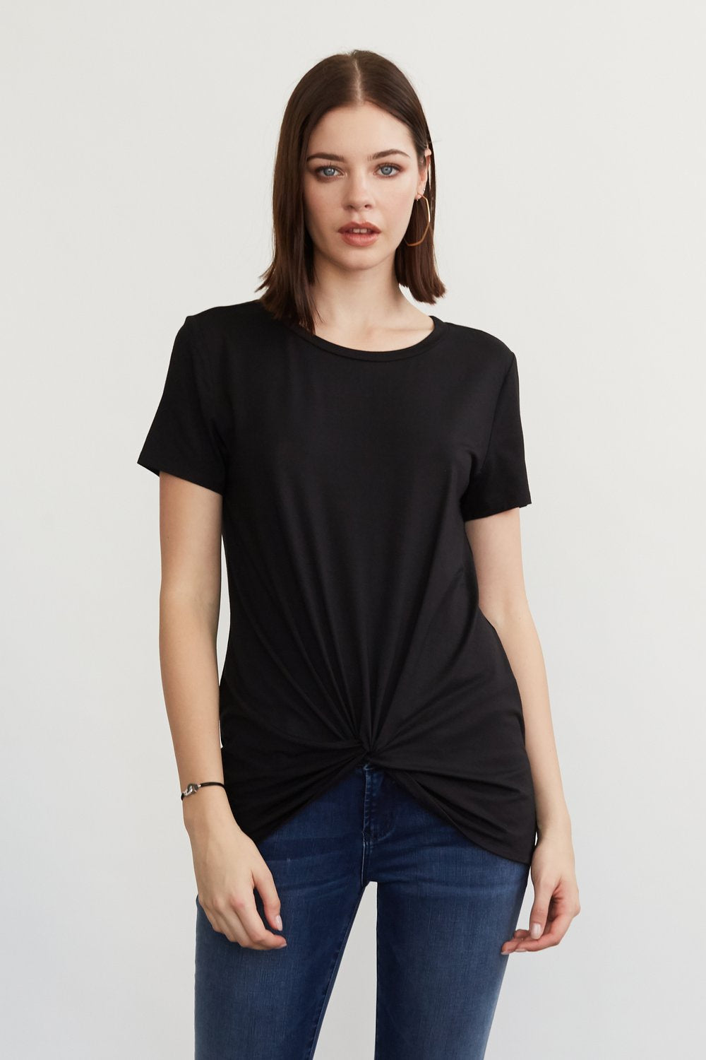 JULIA FRONT KNOT TEE BLACK