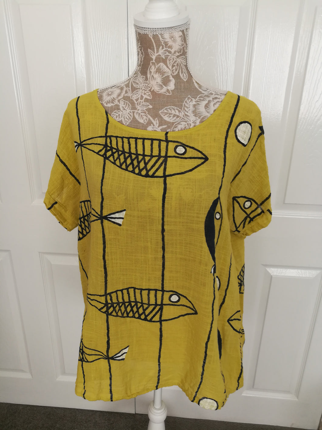 Yellow Fish Print Top - one size 16/18 £15