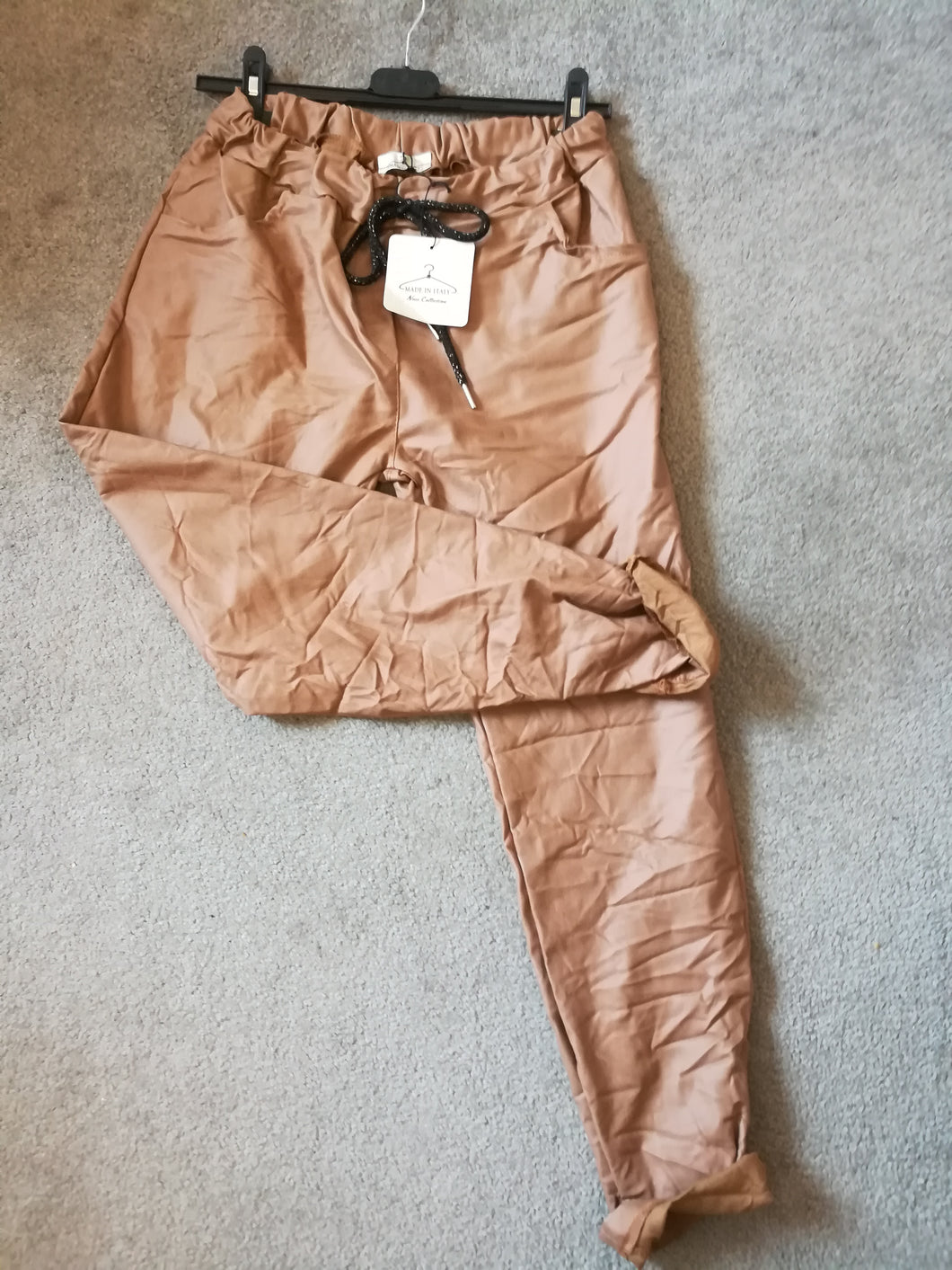 PU Leather Look Magic Trousers one size 10/16 £28 SALE PRICE £10 NO RETURN