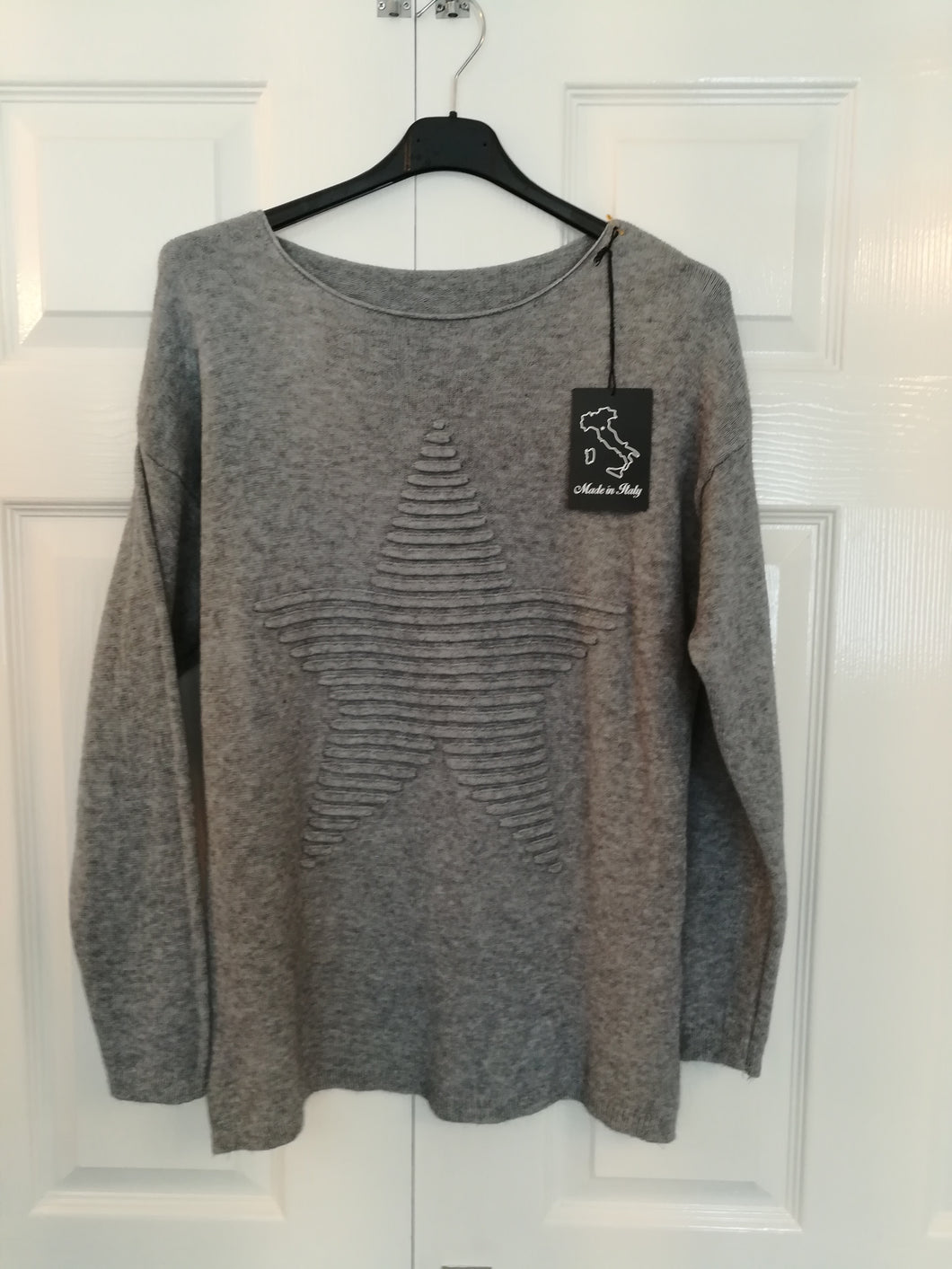 Star Jumper - one size 10/16 £30.00 SALE £20 NO RETURN