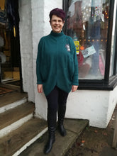 Load image into Gallery viewer, Teale Slouch Jumper one size 12/18 £36