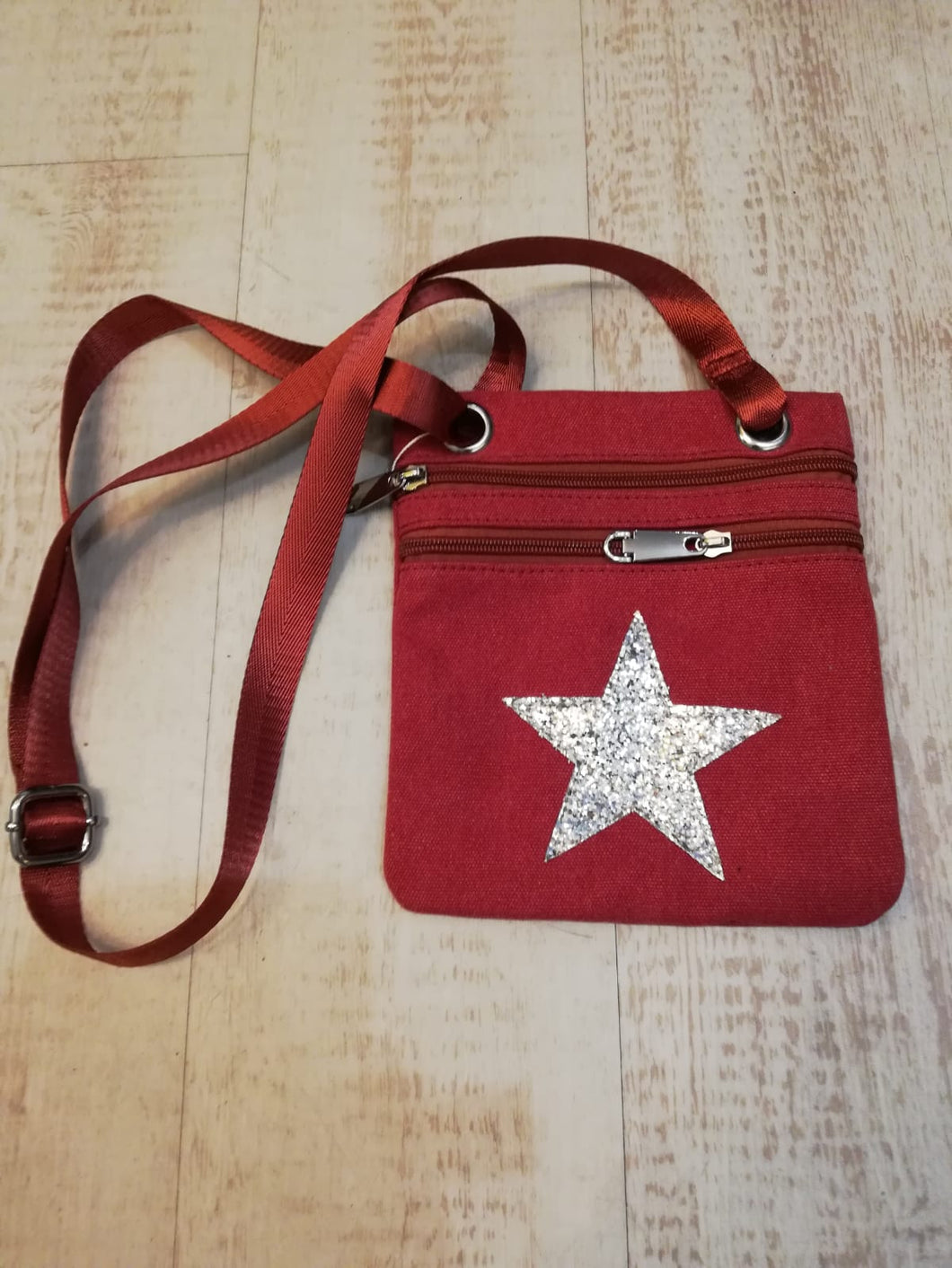 Star cross body canvas bag £12