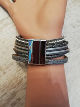 Load image into Gallery viewer, Magnetic bracelet