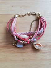 Load image into Gallery viewer, Pink shell boho bracelet