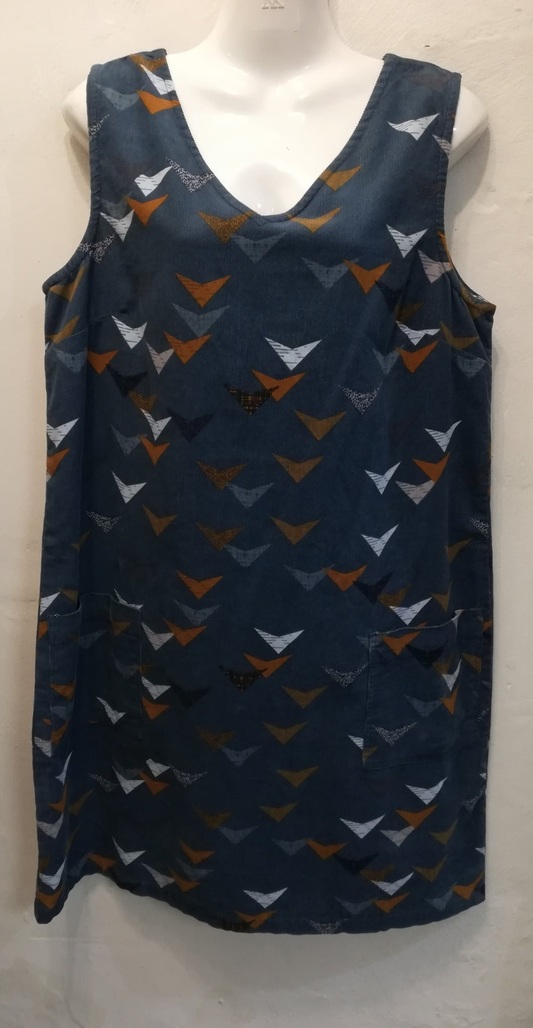 Lily & Me gatehouse dress etched triangle size 12 NO RETURN