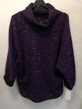 Load image into Gallery viewer, Cosy fleck poncho top with pockets one size to a 16