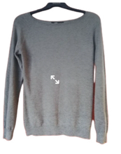 Load image into Gallery viewer, Fine Knit jumper to size 10 SALE PRICE £12.50 NO RETURN