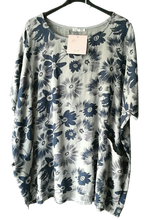 Load image into Gallery viewer, Flower Cotton Pocket Top one size 16/20 £25