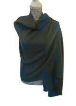 Load image into Gallery viewer, Reversible Waffle Knit Wrap £20