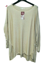 Load image into Gallery viewer, Light Cosy Top - one size to an 18 £22 SALE £15 NO RETURN