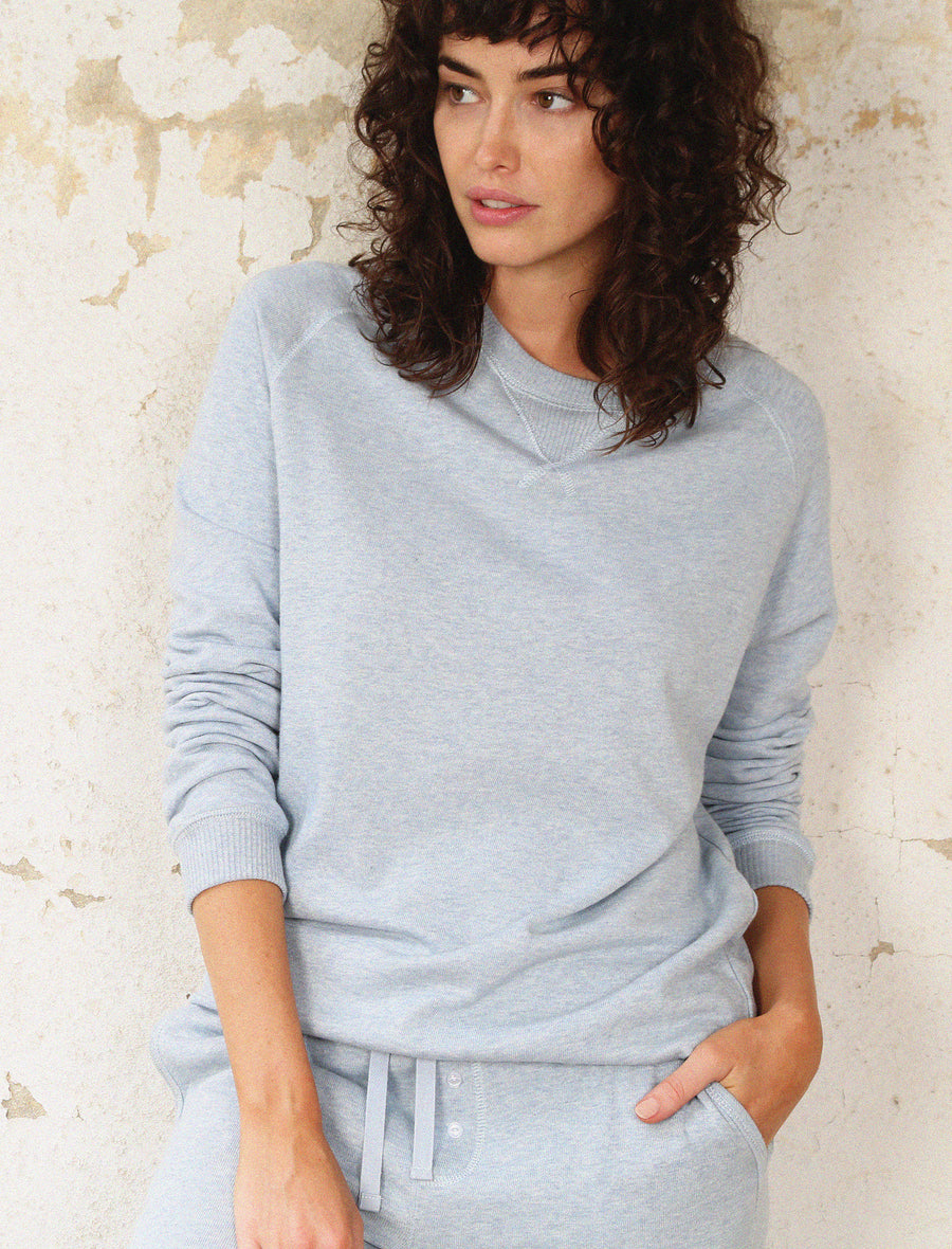So Soft Fleecy Sweat in Dusty Blue