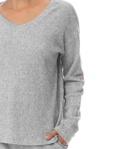 Super Soft Waffle V-Neck LS Top in Grey