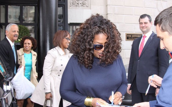 Left Handed Celebrities | Oprah Winfrey