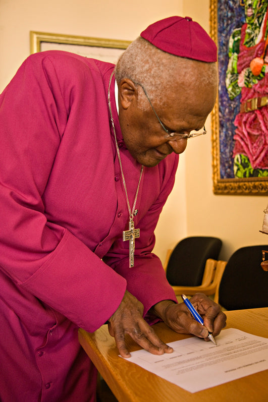 Left Handed Celebrities | Desmond Tutu