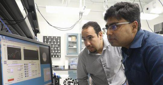 Optical Sensor Exhibits if Molecules are Left Handed or Right Handed