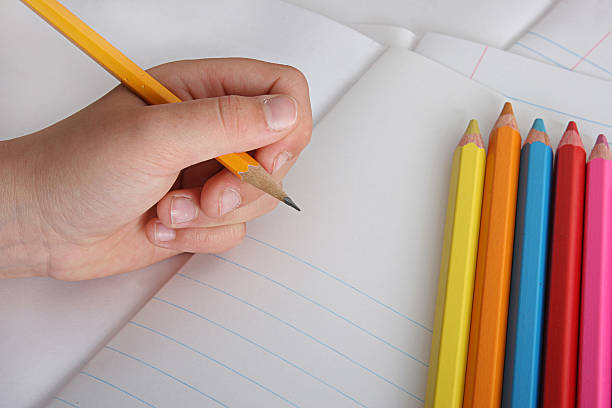 Reasons Why Left Handed People are Better Than Their Peers