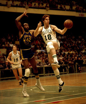 Dave Cowens | left handed basketball player