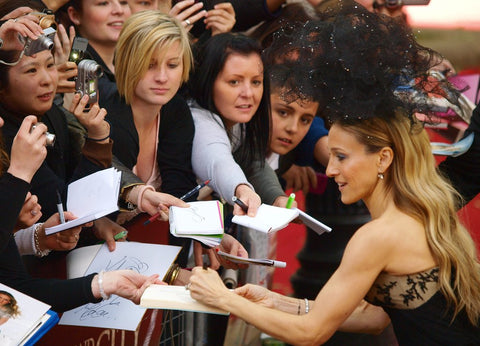 Famous Left Handed Celebrities | Sarah Jessica Parker | Lefties Only