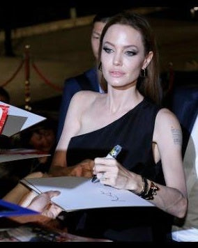 Famous Left Handed Celebrities | Angelina Jolie | Lefties Only