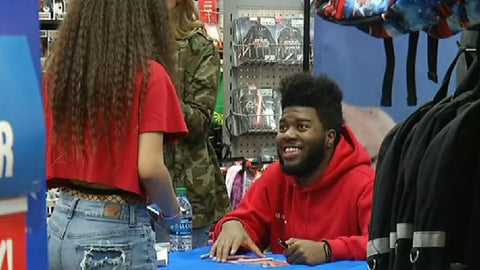 Khalid | left handed celebrity