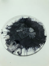 Resin & Ink Disc Black & White
