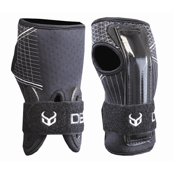 Demon - Ski/Snowboard Wrist Guards V2 - Black Snow/Protection-Magic Toast