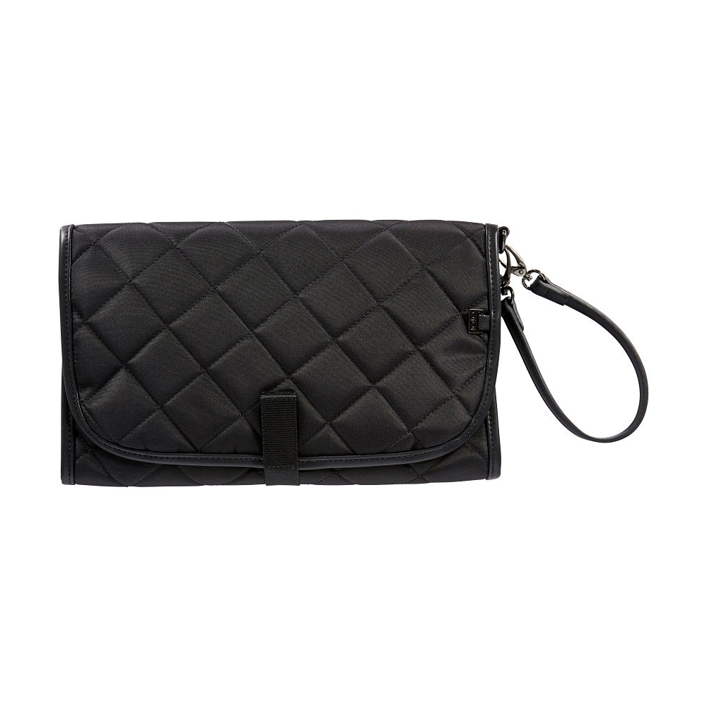 Oioi change mat clutch black quilt