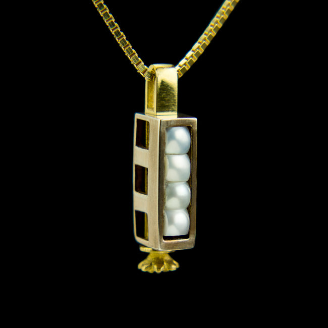 Triple Morphic Block and Pearls Pendant with floral base column