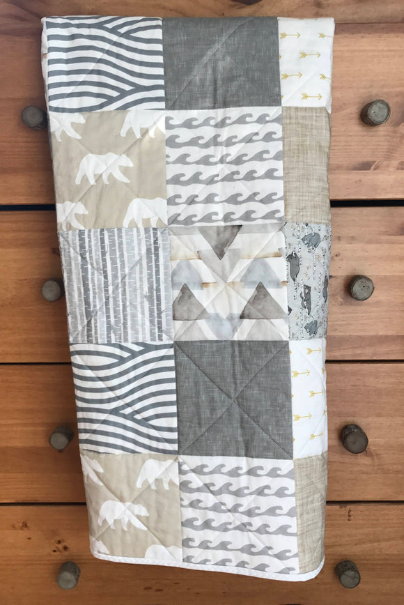 Bear Woodland Whole Cloth Quilt