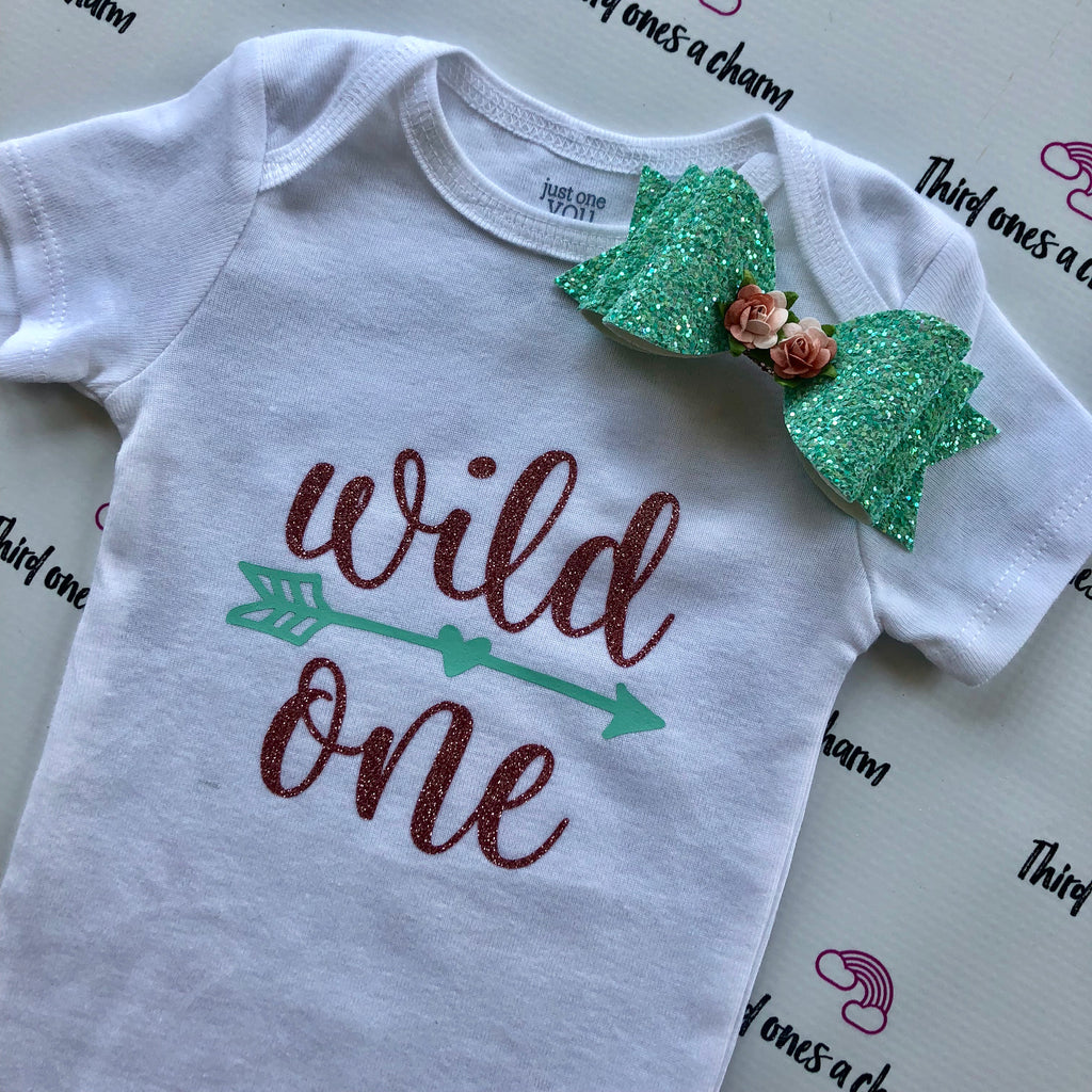 Custom Onesie & Bow Sets
