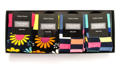 Van Buck 4 Pairs Of Blocks & Floral Socks Set