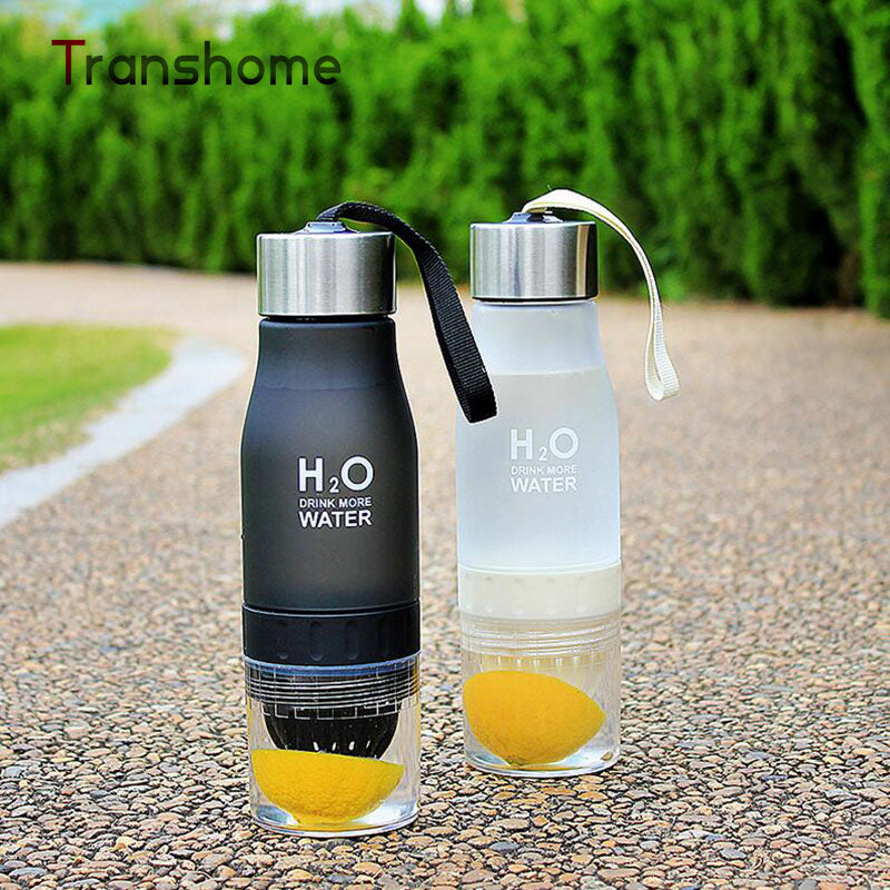Transhome New Creative Fruit Juice Infuser Water Bottle 650ML H2O Plastic Portable Lemon Juice Bottle For Water Outdoor Sports
