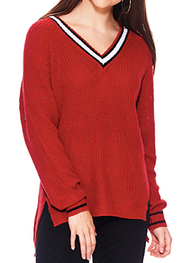 No Comment  Juniors' Tipped V-Neck Tunic Long-Sleeve Sweater, Chilli Pepper, Medium