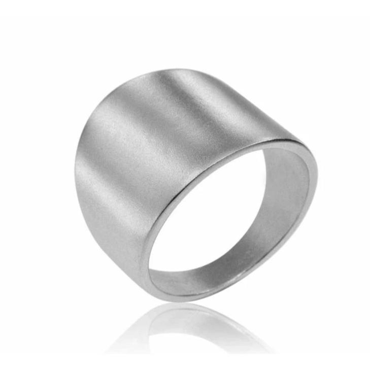 Osnat Har Noy jewelry, wedding band, wedding ring, wedding & engagement, bridal ring, tapered wedding band