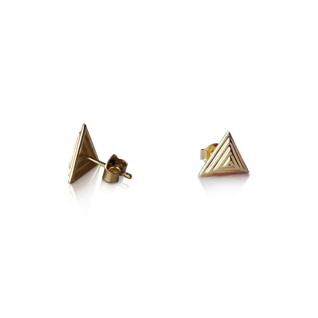 Pyramid stud earrings, 14K yellow gold pyramid stud earrings, triangle earrings, Stud earrings