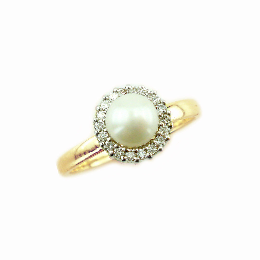 pearl ring, engagement pearl ring, wedding band, bridal jewelry, the perfect pearl and diamond ring, best value for your money pearl ring, pearl and diamond hallo ring