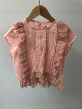 Load image into Gallery viewer, 810502 Penelope Top - Peach 2/3/4/5/6 RRP $55