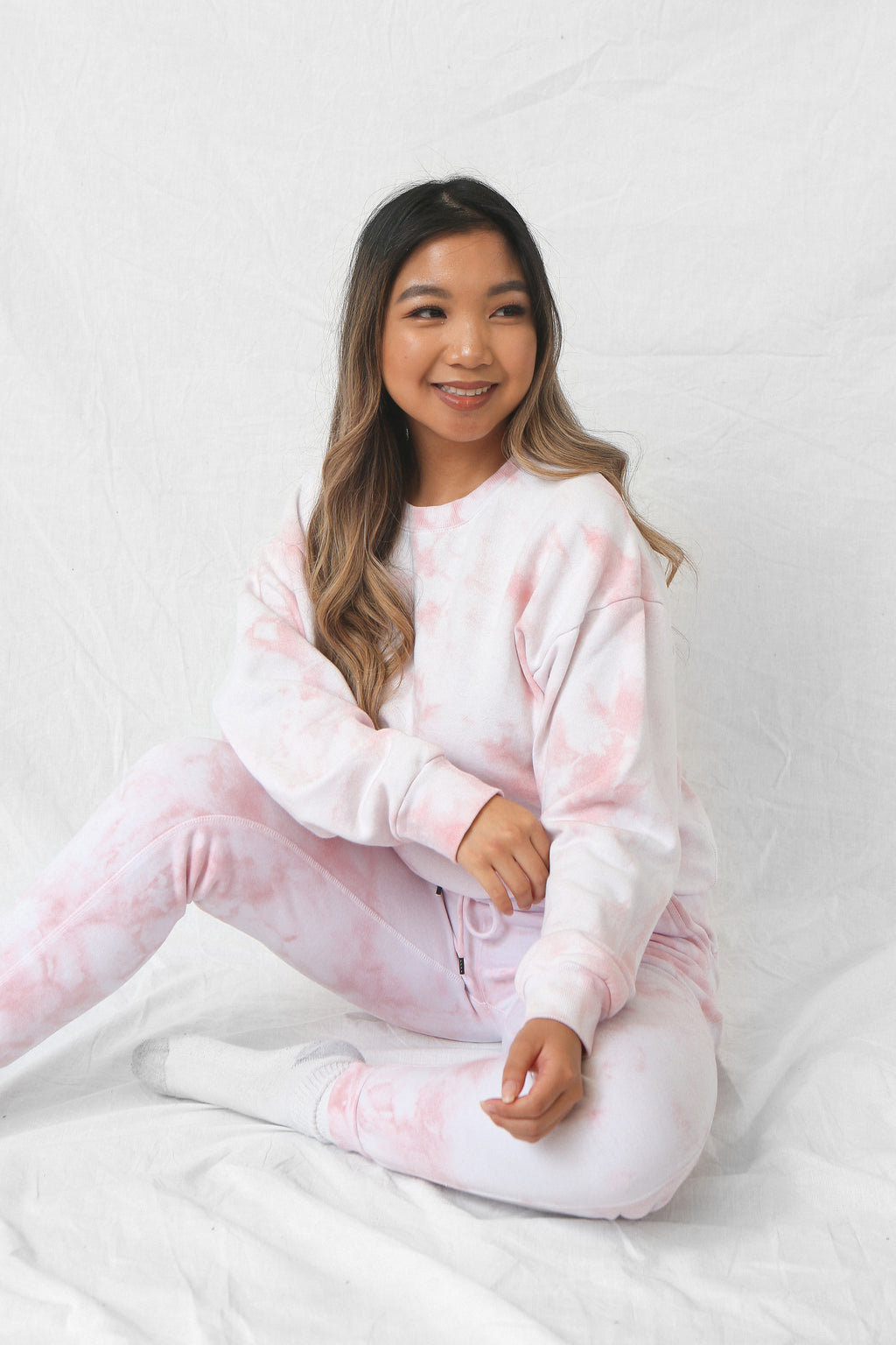 wild rina wildrina.com baby pink light pink blush tie dye set sweatpants jogggers sweats sweatshirt sweater crewneck