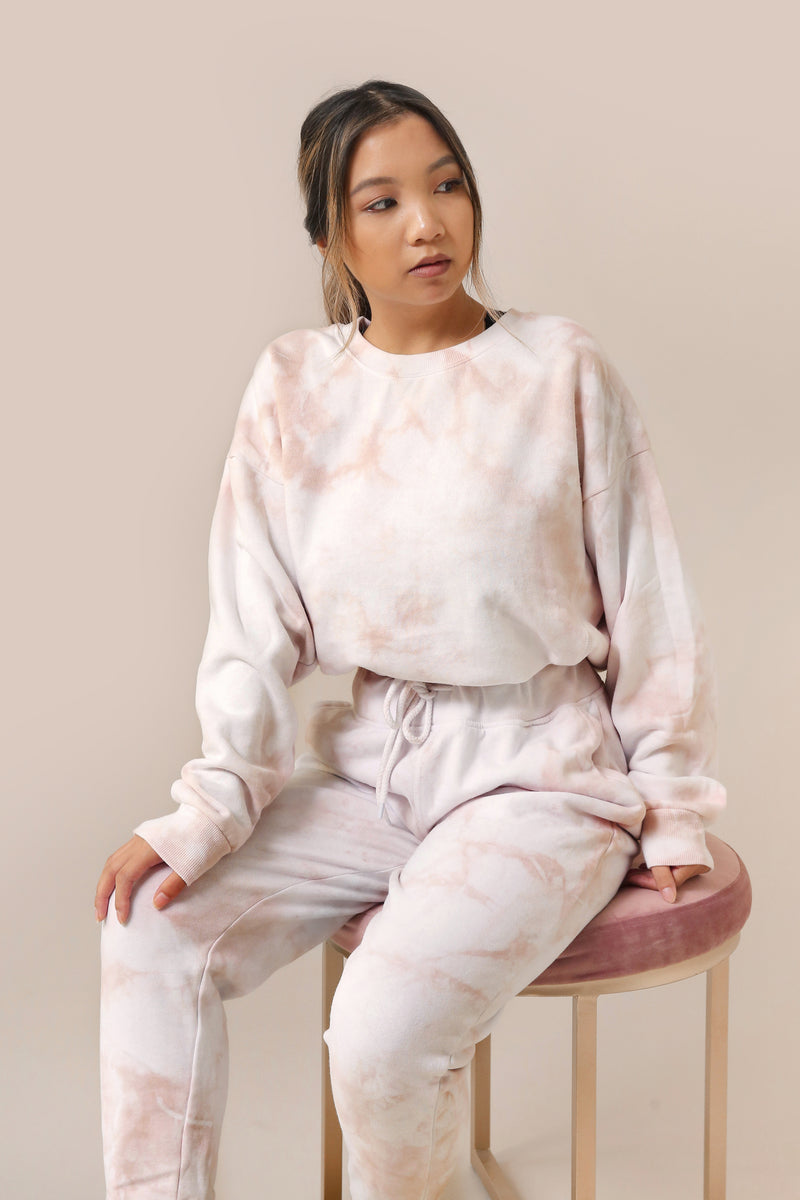 wild rina wildrina.com tan beige natural brown tie dye set sweatpants jogggers sweats sweatshirt sweater crewneck matching loungewear