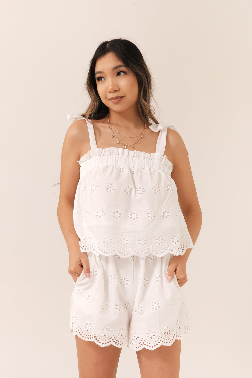 Fresh Meadow Eyelet Set