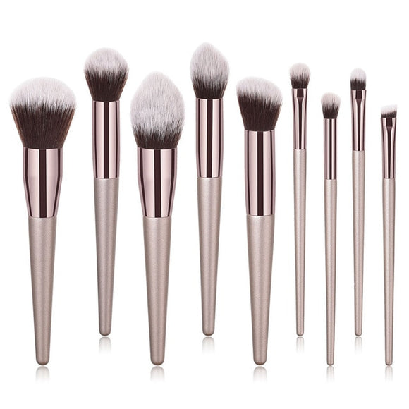 Aïsha - 9 brushes Deluxe Set